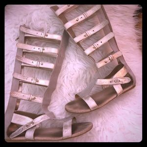 Joyfolie metallic silver +gray gladiator sandals